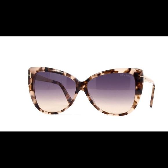 296a5fb632 Tom Ford Reveka TF512 55B Havana Sunglasses NWT